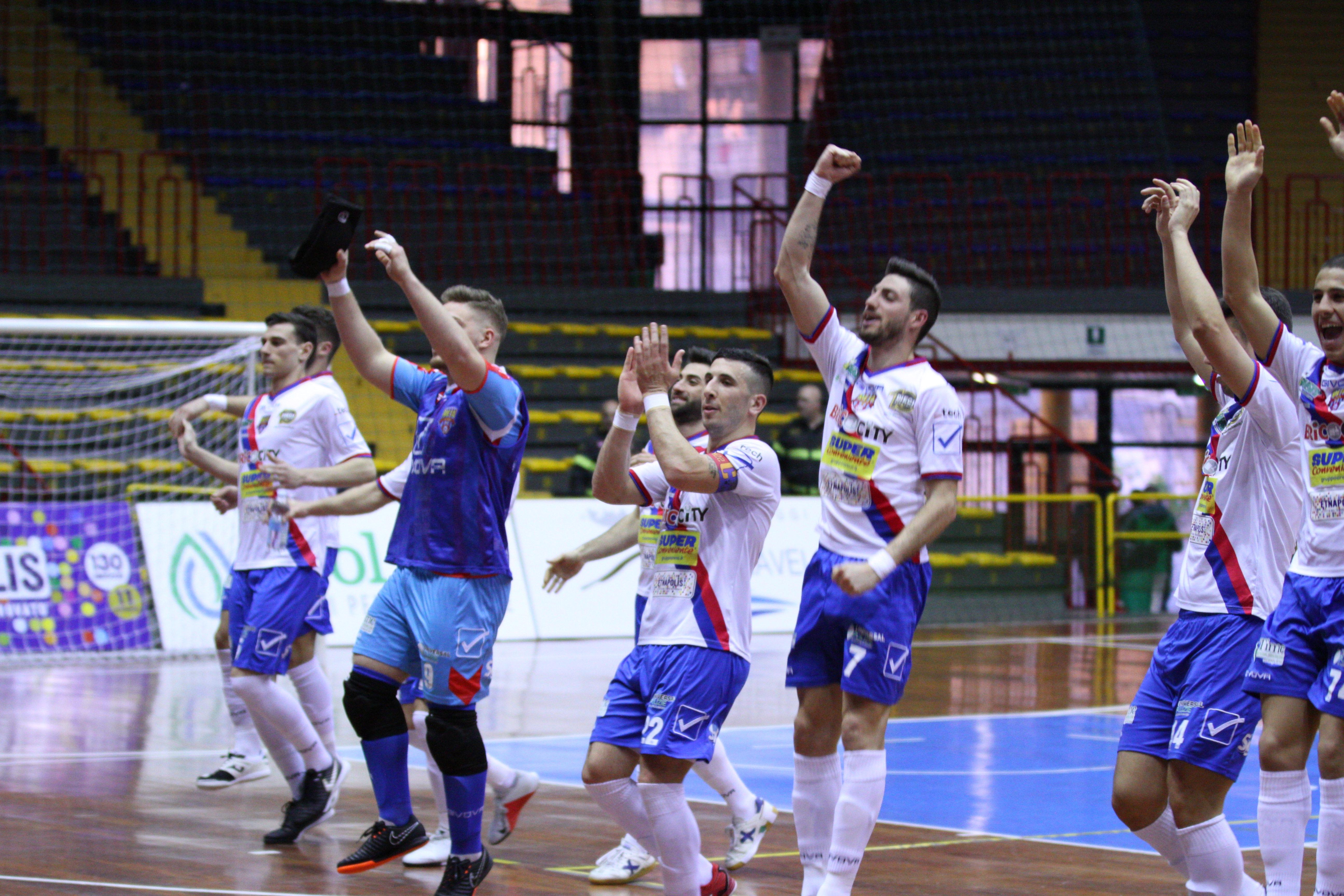 La legge del PalaCatania: i rossazzurri battono anche la Lazio. Il tabellino